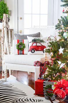CHRISTMAS TREE 2015- chair-stonegableblog-2
