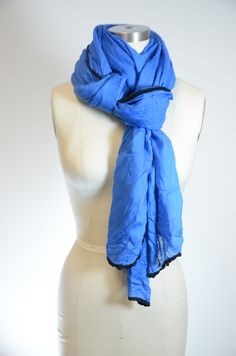 Ways to Wear Your Scarves