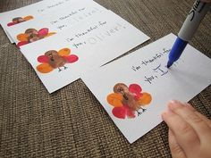 Thumbprint Turkey [Thanksgiving Crafts for Kids] by ManualidadesInfantiles