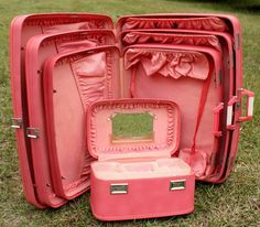 Vintage 1960's 4 piece Wheary Luggage Set by SomeplaceSunnier, $174.00