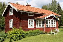 Lillstugan på Nordingården Red Cottage, Cottage Exterior, Swedish House, Country Style Homes, Wooden House, Scandinavian Home, My Dream Home, Dream Homes, Little Houses