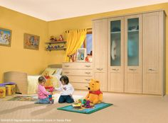 Revamping the kiddies bedrooms this Easter break? How's this for a bit of inspiration? Who doesn't love Disney's Winnie the Pooh? Exactly! disney winniethepooh bedroom style easter fun