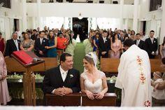 Inspire-se com esse casamento www.guianoivaonline.com.br #guianoiva #noiva #casamento #inspiração Fotografia: Marcia Floriano |Decoração: Brunello Eventos |Dj e Iluminação: Xplay Music |Coral: Camerata Dominante