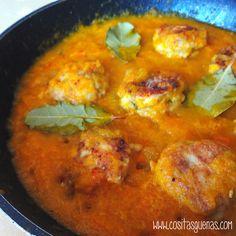 Cositas Güenas: Albóndigas de pollo y calabaza en salsa de zanahor...
