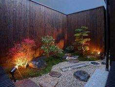 ナカクラの現代京町家「「Machiya Villa」A Kyoto house with a small garden at night Residential Landscaping, Small Yard Landscaping, Small Japanese Garden, Chinese Garden, Townhouse Garden, Japan Garden, Patio Interior, Colorful Garden, Landscape Lighting