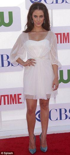 307 Best Celebrities Images Cute Hairstyles Arielle Kebbel