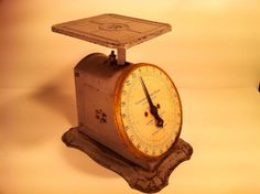 Columbia Family Scale by Landers Frary and Clark of by rumpledsuit, $65.00