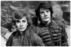 Paul Atreides and Lady Jessica such beautiful people and a good movie