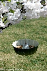 Bundt pan bird feeder - and the perfect way to hang it!!  eclecticallyvinta...