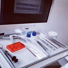 CASA DENTALIS Berlin steht für Zahnmedizin auf höchstem Niveau und vor allem für das gesamte Spektrum der Zahnmedizin unter einem Dach. Erfahrene Kolleginnen und Kollegen, die sich der ständigen Weiterbildung verpflichtet haben, bieten Ihnen Zahn- und Kieferbehandlungen nach den neusten wissenschaftlichen Erkenntnissen untersetzt von modernster Technik.#ZahnarztBerlin http://www.casa-dentalis.de/ http://www.casadentalis-schlachtensee.de/