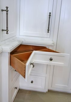 kitchen drawers for corner