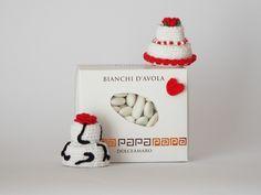 mini wedding cake come segnaposto o bomboniera per il matrimonio