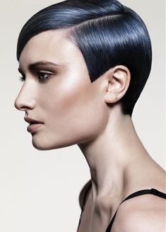 Cute Medium Pixie Haircuts for Women - Pixie hair is a great choice for women willing to don a short do. But what if you wish it wasn't that short? Then go for a lovely medium length pixie haircut!