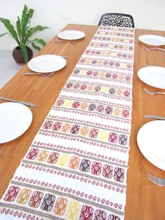 Superior Handwoven Mexican Style Table Runner