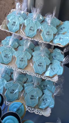 Oh boy! 2019 Oh boy! The post Oh boy! 2019 appeared first on Baby Shower Diy. Cadeau Baby Shower, Idee Baby Shower, Baby Shower Treats, Baby Shower Desserts, Baby Shower Party Favors, Baby Shower Cookies, Baby Shower Gifts, Baby Boy Cookies, Baby Favors