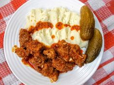 Bravčové dusené vo vlastnej šťave - recept   Varecha.sk European Cuisine, Dessert Recipes, Desserts, Ale, Chicken, Meat, Soups, Food, Drink