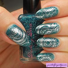 Review: Born Pretty Store Mandala Stamping Plate BP-X15 - Painted Fingertips