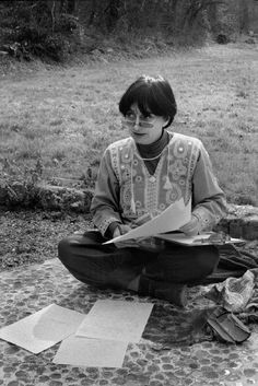Struggling to be brief, I become obscure. Agnes Varda, French New Wave, Jean Luc Godard, Film School, Film Aesthetic, Photo Dump, Film Director, Old Photos, Paris