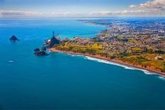 New Plymouth, looking east Living In New Zealand, State Of Arizona, Kiwiana, The Province, South Pacific, Auckland, What Is Like, Plymouth, Great Photos