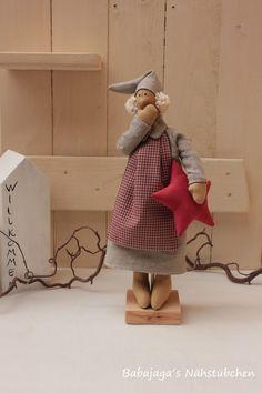 Deko-Objekte - SÜSSER WICHTEL - Weihnachtsdeko - Winterdeko - ein Designerstück von Babajagas-Naehstuebchen bei DaWanda