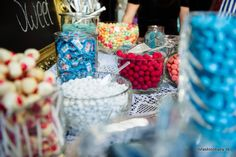 DIY candy buffet / bar wedding in navy White and rose - www. Graduation Party Planning, Candy Bar Wedding, Grad Parties, Candy Buffet, Navy And White, Dream Wedding, Table Decorations, Future, Rose