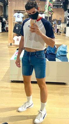 Aesthetic Clothes, Aesthetic Outfit, Mens Crop Top, Half Shirts, Androgynous Fashion, Mens Fashion, Fashion Outfits, Crop Shirt, Guys In Crop Tops