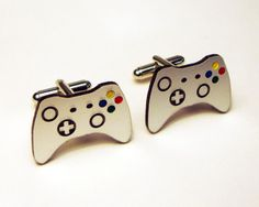 Video game controller silver cuff links in box