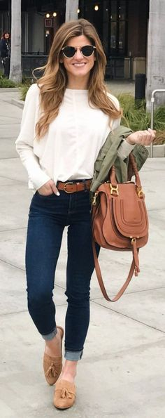#winter #fashion / White Knit / Navy Skinny Jeans / Camel Leather Tote Bag / Camel Bow Loafers