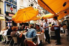 Dining in Praca dos Restauradores (restaurant square).