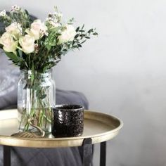 brickbord_guld Glass Vase, Table Decorations, Sleep Tight, Furniture, Home Decor, Decoration Home, Room Decor, Home Furniture, Interior Design