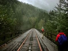 6 great hikes within 60 miles of Portland.
