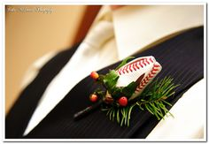 Does this put you in the Cardinal baseball spirit? From Katie McDonald Photography.  Order at http://www.caketopcity.com/footballbaseballrose.html