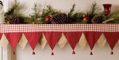 Outdoor Christmas Decorations: Outdoor Christmas Decorations: Christmas Mantel