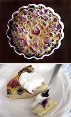 Berry Clafoutis: a French rustic style dessert that's somewhere between a cake, a custard and a pancake?Almost sounds like bread pudding. Desserts Français, Plated Desserts, Clafoutis Recipes, Dessert Crepes, Eat Dessert First, How Sweet Eats, Sweet Recipes, French Recipes, Sweet Treats