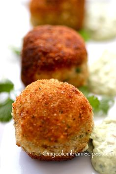Chorizo, Cheese and Potato Croquettes with Avocado Aioli. Not the Aioli, but the croquettes sound amazing :D Colombian Food, Colombian Recipes, Potato Croquettes, Croquettes Recipe, Food Porn, Comida Latina, Snacks Für Party, Appetisers, I Love Food