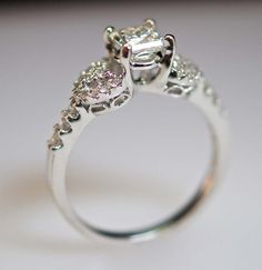 I don't want to get married anytime soon but I want this ring.