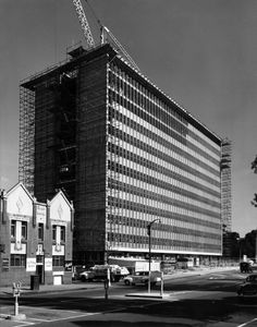 Commonwealth Centre, 275 Spring Street under construction (now apartments)