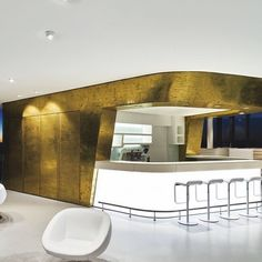 Textured Wallpaper, Textured Walls, Oversized Mirror, Bathtub, Live Art, Architecture, Building Design, Metal, Poland