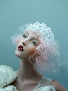 Dreaming By~ Tim Walker Tim Walker, Hair And Beauty Courses, Beauty Photography, Fashion Photography, Lifestyle Photography, Editorial Photography, Foto Fantasy, Belle Hairstyle, Foto Fashion