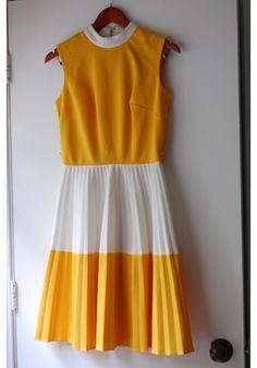 Orange & White vintage pleated dress