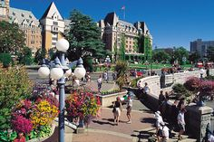 Vancouver to Victoria and Butchart Gardens Tour by Bus Isla Victoria, Victoria Bc Canada, Victoria British Columbia, Hotel Victoria, Victoria Harbour, Victoria Vancouver Island, Victoria Island, Canada Tours, Canada Travel