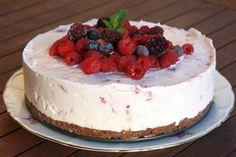 Ukážeme vám ako pripraviť smotanovú tortu s malinami