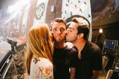 Rian Dawson and girlfriend Cassadee Pope...And other girlfriend Jack Barakat. Lol ♡