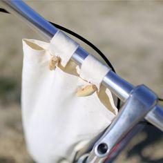 Sac à pain pour vélo et bicyclette - LAPADD.com Techniques Couture, Bucket Bag, Camping, Diy, Fashion, Bicycle Kick, Recycling, Other, Bags