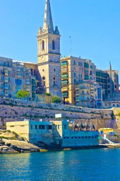 Grand Harbour - Malta Beautiful Islands, Beautiful World, Beautiful Places, Amazing Places, Travel Around The World, Around The Worlds, Cruise Italy, Malta Valletta, Malta Gozo