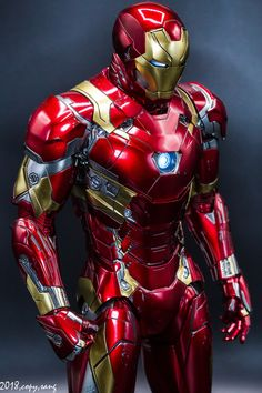 What do you think about the future of Marvel and will Iron Man be a part of it in anyway. Marvel Dc Comics, Marvel Heroes, Marvel Avengers, Captain Marvel, Captain America, Wallpaper Animé, Iron Man Wallpaper, Iron Man Art, Mundo Marvel
