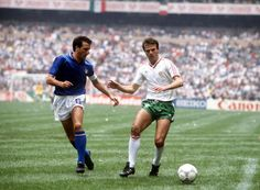 Bulgaria 1 Italy 1 in 1986 in Mexico City. Italian captain Gaetano Scirea keeps it tight at the back in Group A of the World Cup Finals. World Cup Final, Yesterday And Today, Mexico City, Finals, Soccer, Bulgaria, Football, Running, Shorts