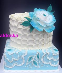 White and blue flowers Cake - neat combination of techniques Beautiful Wedding Cakes, Beautiful Cakes, Amazing Cakes, Cake Icing, Cupcake Cakes, Frosting, Wedding Cake Cookies, Gateaux Cake, Blue Cakes
