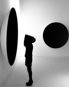 I'm the designer of my own catastrophy. Modern Art Sculpture, Anish Kapoor, Installation Art, Art Inspo, Fashion Art, Illustration, Contemporary Art, Street Art, Clouds