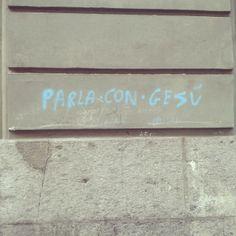 Suggerimenti sui muri di Napoli